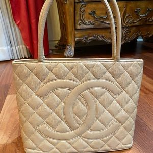 Chane caviar quilted medallion tote